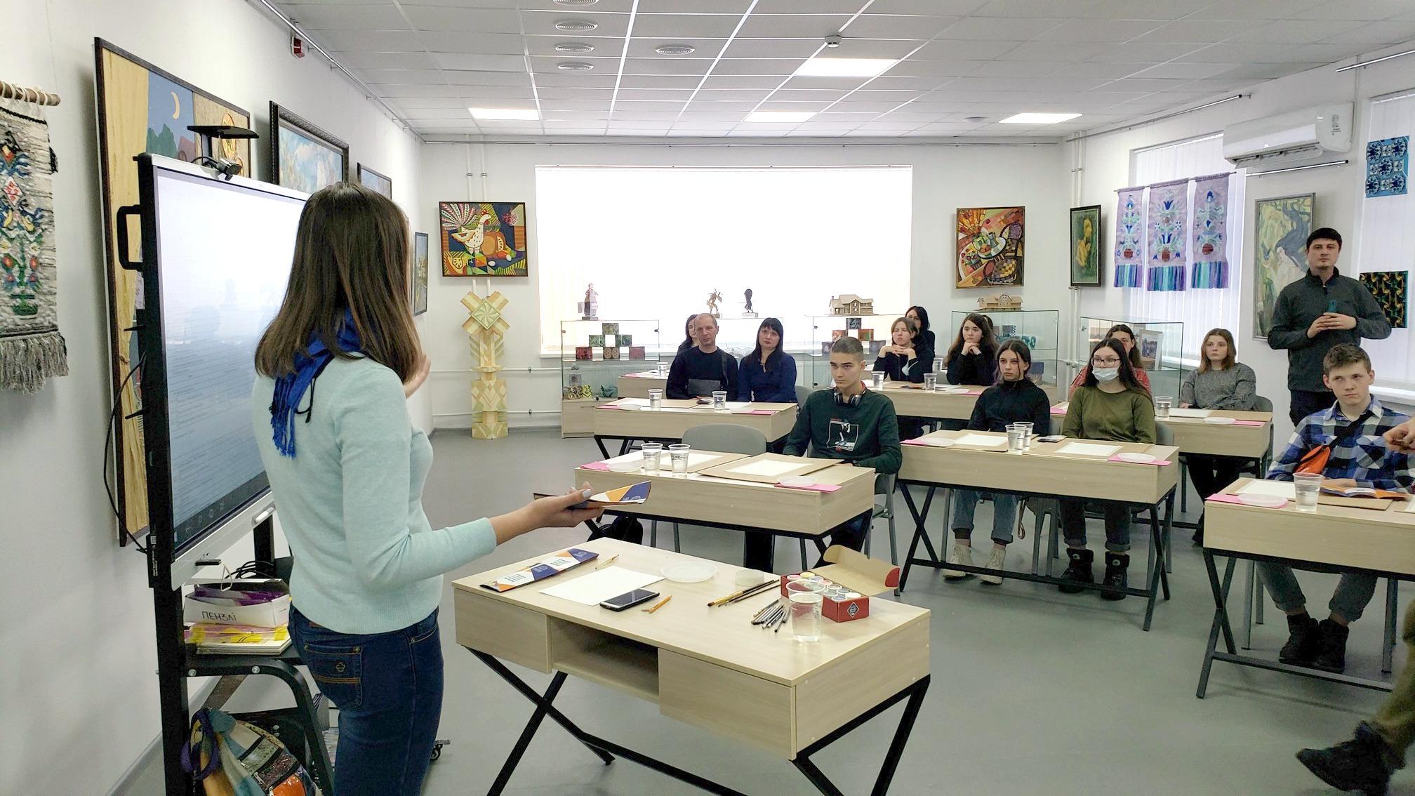 Майстер-клас з декоративного живопису «Натюрморт»