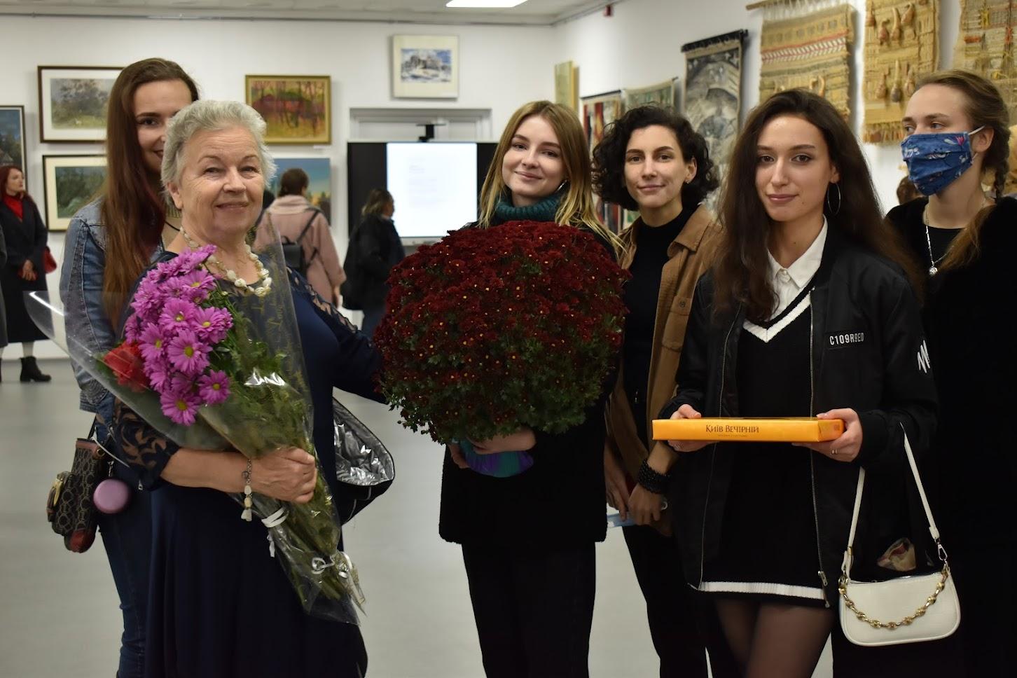 Відкриття персональної виставки Неоніли Недосєко